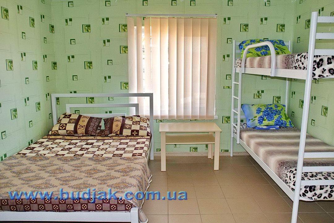 chastnyj-kottedzh-otdykha-bolgarin-katranka-0820.jpg