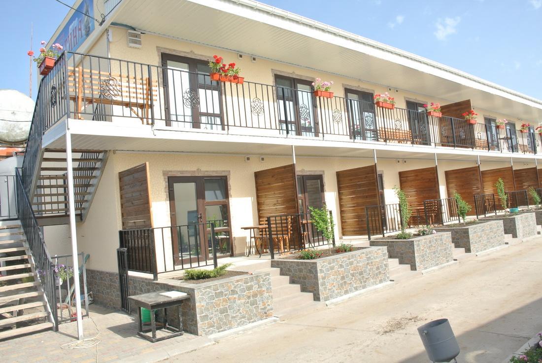 База отдыха Бригантина - внешний вид. курорт Катранка фото № 5958 2016 год