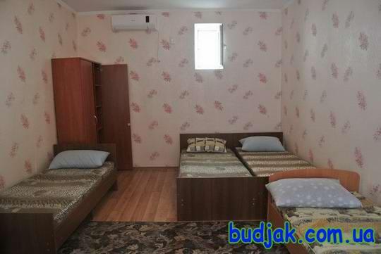 gostinyj-dom-otdyha-peschanyj-bereg-na-kurorte-katranka-003.jpg