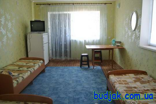 gostinyj-dom-otdyha-peschanyj-bereg-na-kurorte-katranka-006.jpg