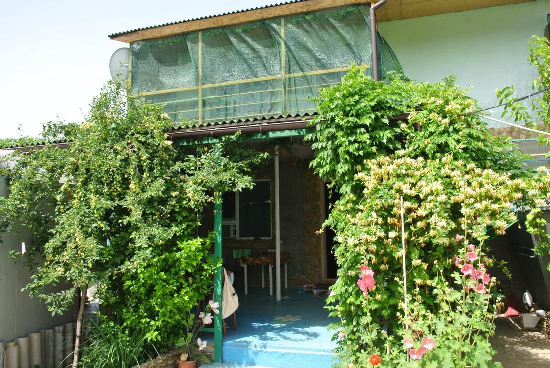Частный коттедж отдыха Уют курорт Катранка фото № 5808 2016 год
