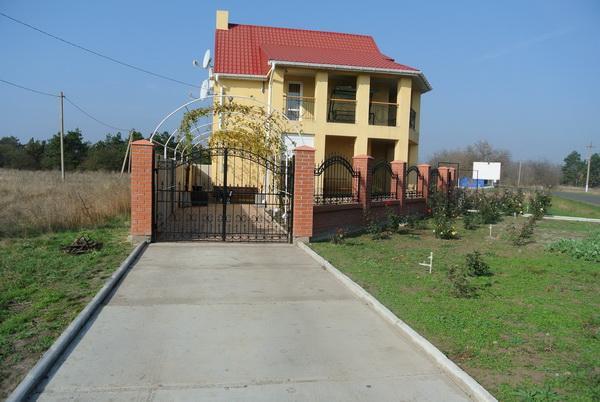 Дача семейного отдыха «Удача» на курорте Лебедевка. Фото № 6991 внешний вид 12