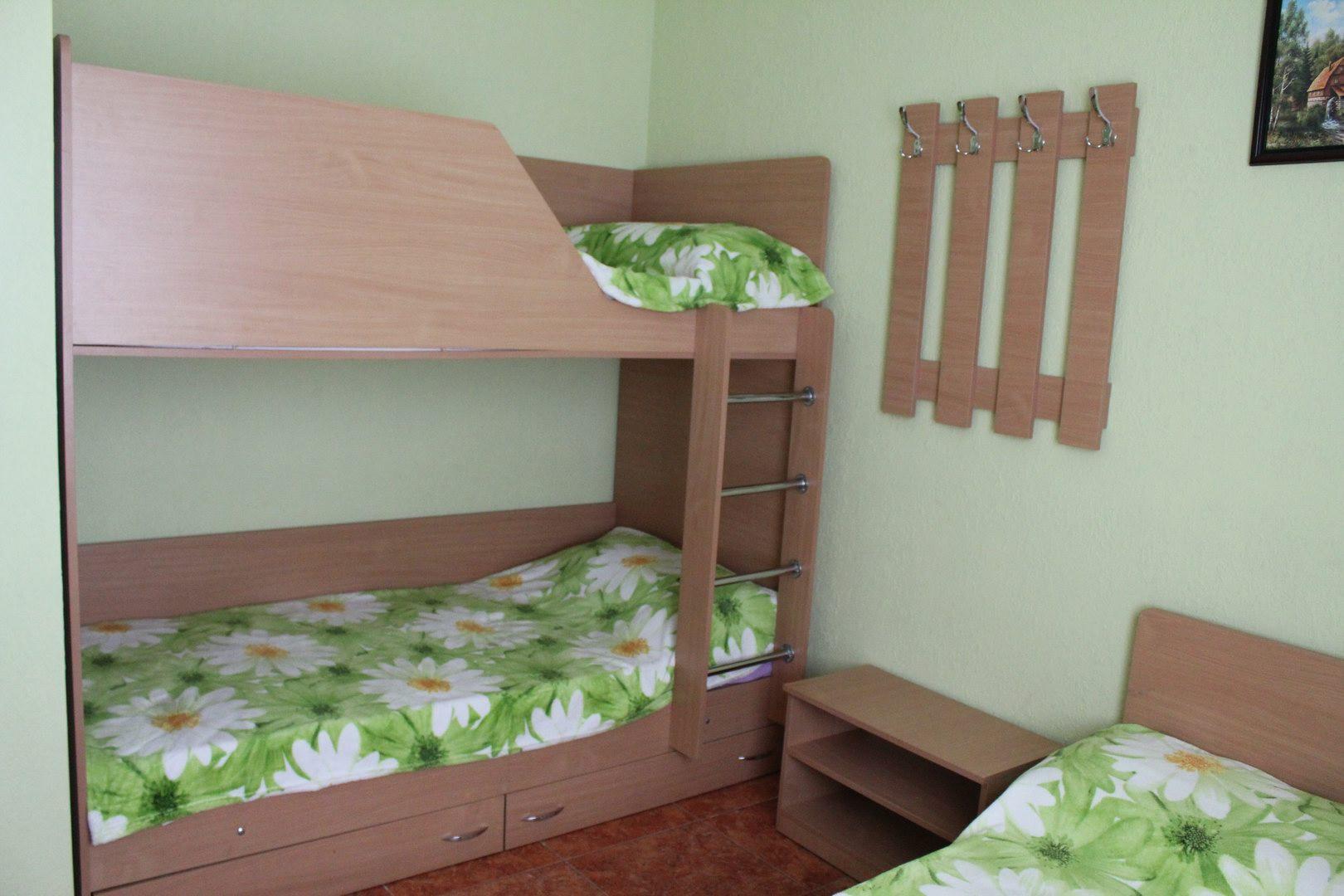 Частный коттедж отдыха «Радужный» на курорте Расcейка. Фото № 7931